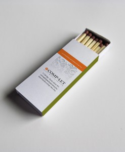 Pickinfo egyedi formájú csomagolású gyufa, reklámgyufa